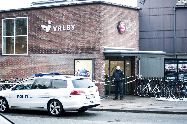 På Valby Station var der søndag eftermiddag bombefrygt.