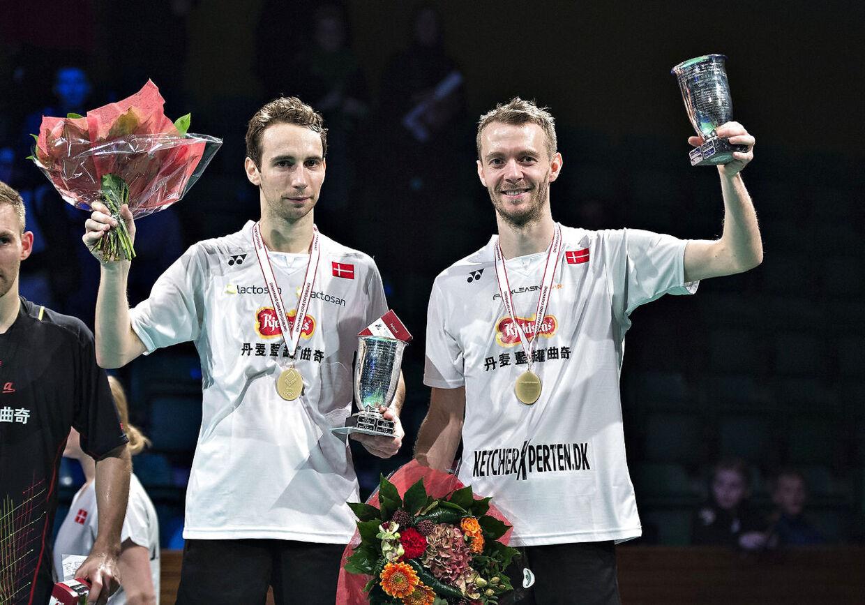 Den danske badmintonspiller Carsten Mogensen (til højre) er blevet ramt af hjernehindeblødning.