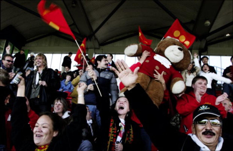 EUFORI: Der var jubel på tilskuerrækkerne, da christianitternes fodboldhold CSC scorede første mål mod strisserne. Foto: Jeppe Carlsen