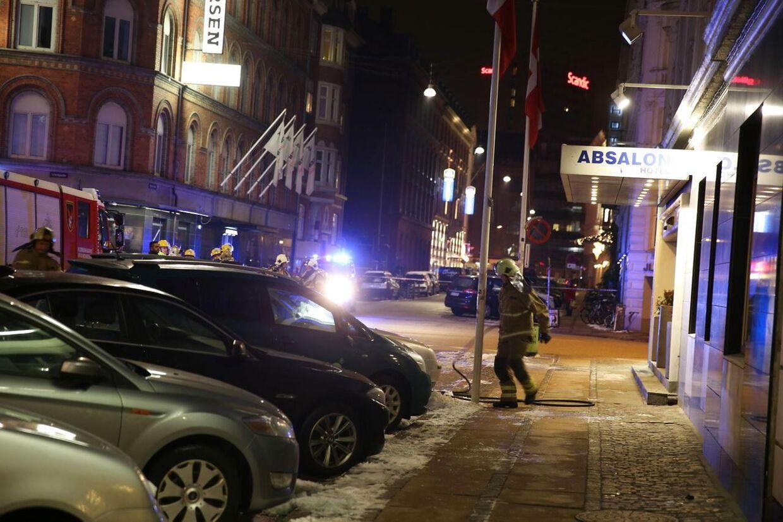 Brandvæsenet var hurtigt ude ved Hotel Absalon.