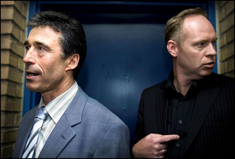 Her ses spindoktor Michael Kristiansen sammen med Anders Fogh Rasmussen tilbage i 2005