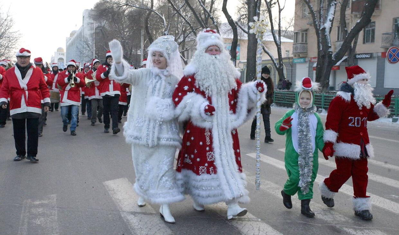 En 24-årig mand blev mandag dræbt i den tadsjikiske hovedstad Dusjanbe, fordi han var klædt ud som den russiske julemand, Fader Frost. (Arkivfoto)