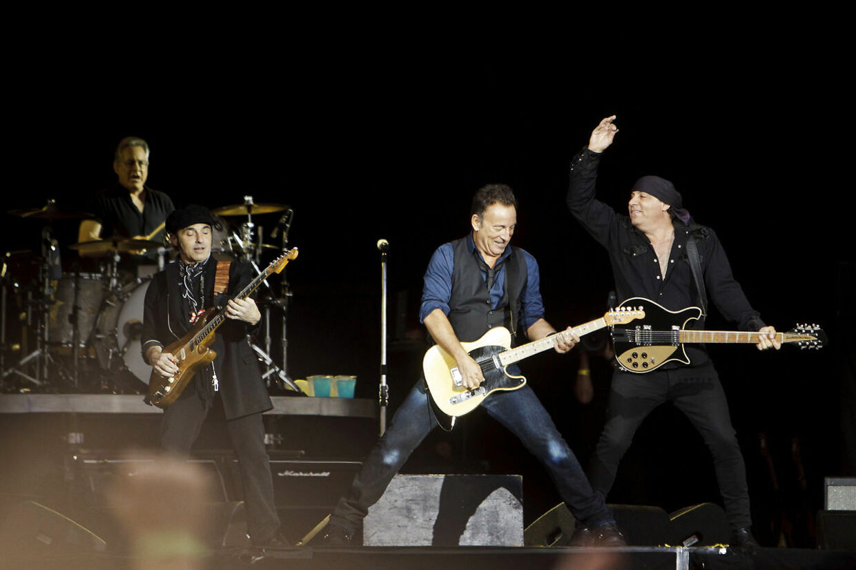 Roskilde Festival 2012, Roskilde. Koncert med den amerikanske sanger Bruce Springsteen på Orange Scene lørdag aften d. 7. juli 2012. (Foto: Malte Kristiansen/Scanpix 2012)