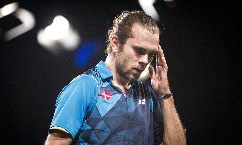 Jan Ø. Jørgensen vandt sin kamp i semifinalen mod Tyskland, men kunne ikke lade være med at have tankerne hos holdkammeraten Carsten Mogensen.