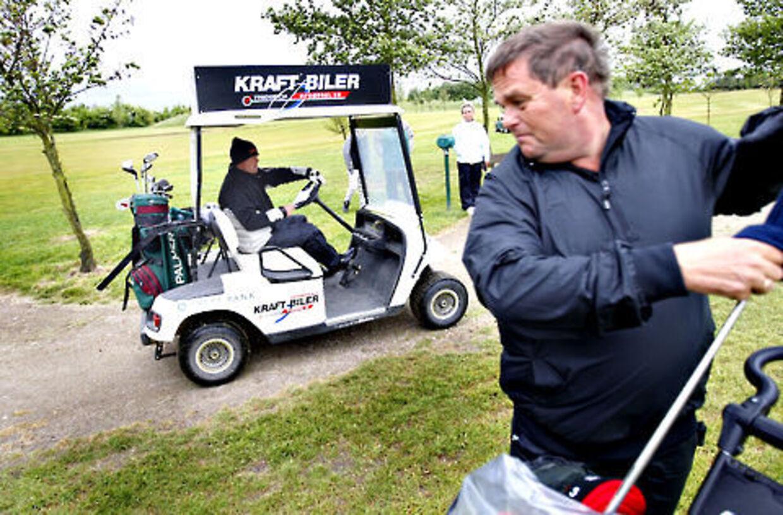 Carsten Werge lavede spas med Stig Tøfting, der ville have en golf-vogn at køre i.