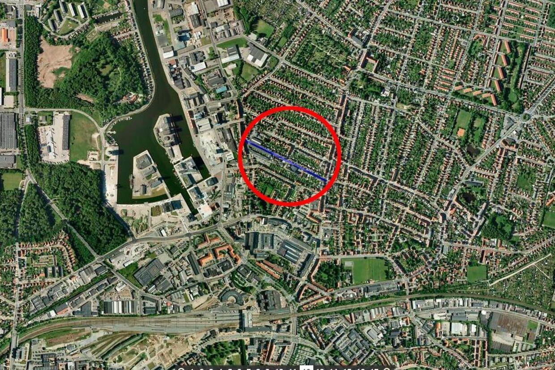 Flere skud er torsdag formiddag blevet affyret i et fitnesscenter i Odense.