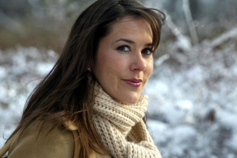 Mary Donaldson er nu så god til dansk, at pressemødet om hendes forlovelse med konprins Frederik gennemføres på dansk. Arkivfoto: Jørgen Jessen