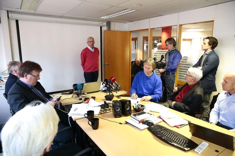 Den pensjonerte danske sjøfartsinspektøren Flemming Thue Jensen under pressekonferansen til Stiftelsen Etterforskning av mordbrannen Scandinavian Star som holdes i Oslo søndag.