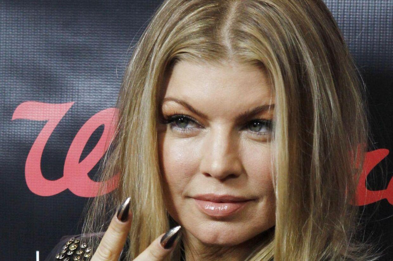 Sangerinde Fergie fra Black Eyed Peas afslørede i går over for sine fans på Twitter, at hun er gravid..