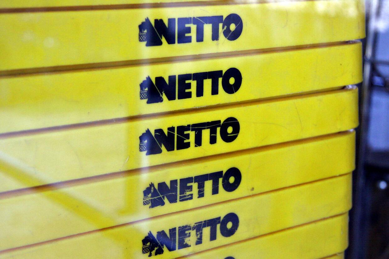 Netto supermarked - indkøbskurve.