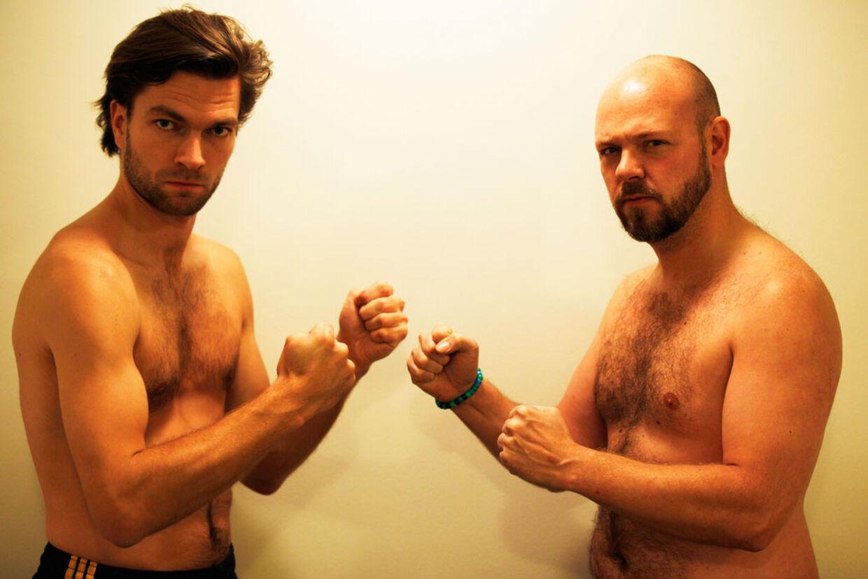 Den 13. december går 'Praktikanten' og Jonas Schmidt i infight på Radisson Blu-hotellet på Frederiksberg.
