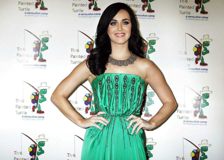 Sangerinden Katy Perry var iført smaragdgrønt ved Carole Kings hyldest-show i Hollywood i denne uge.