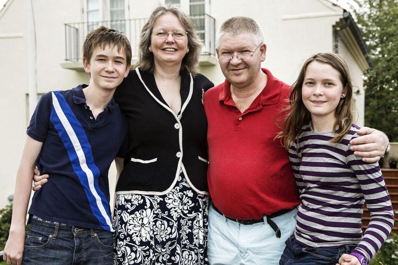 Lars Ellebyes nedtur påvirkede hele familien - men i dag har de det godt.
