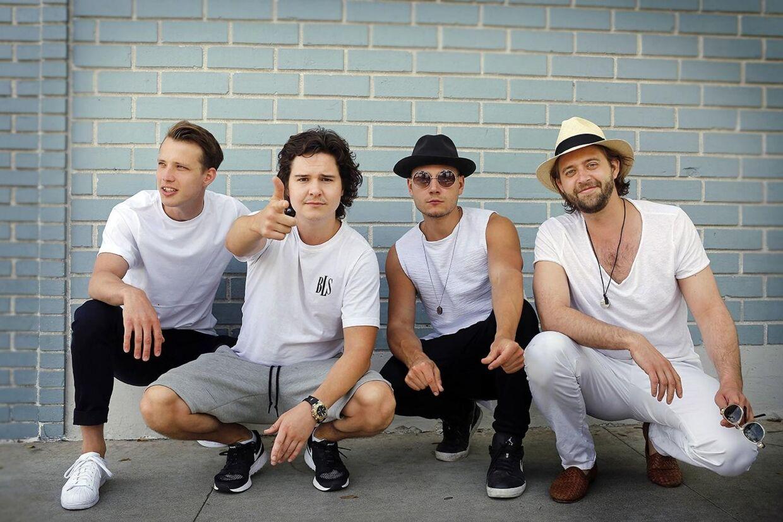 Nyt billede af de danske superstjerner Lukas Graham. I dag udsender gruppens deres andet album.