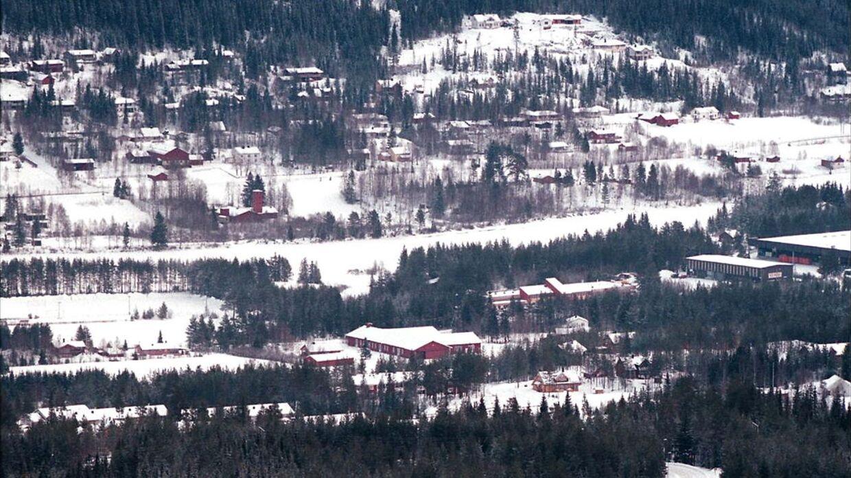 En voldsom tynd norsk pige blev fundet død nytårsaften. Nu sigtes hendes mor for omsorgssvigt. Arkivfoto fra et andet sted i Norge.