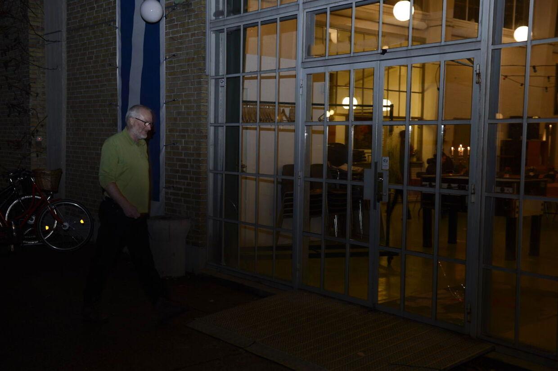 Her ankommer Peter Aalbæk Jensen til aktionærmødet i filmbyeni Avedøvre ved København.
