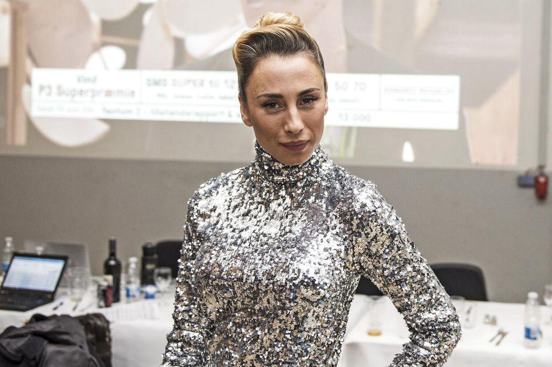 Mandag udsender Medina sin nye single 'Jalousi'.