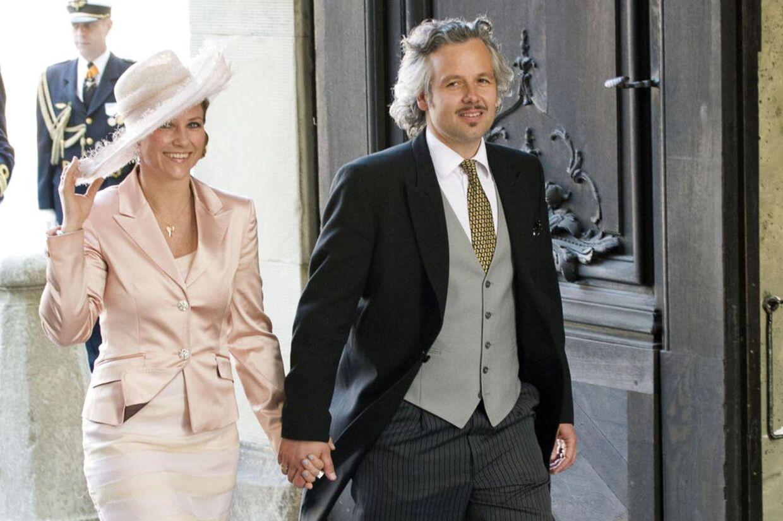 Norske Dagbladet har snaget i parrets indtægter og kan berette om falmende formuer for prinsesse Märtha Louise og hendes mand Ali Behn.