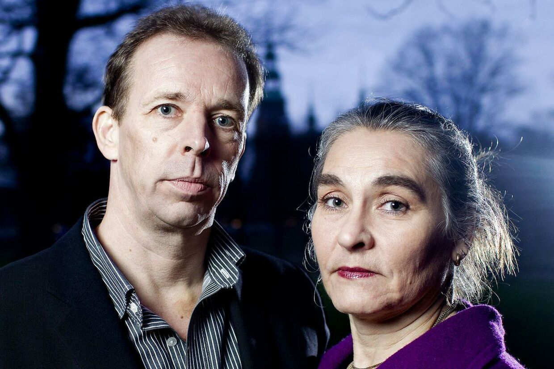 Forældreparret Gert og Henriette har måttet søge hjælp hos politiet efter dokumentaren ' Adoptionens Pris' blev bragt på TV2 mandag.