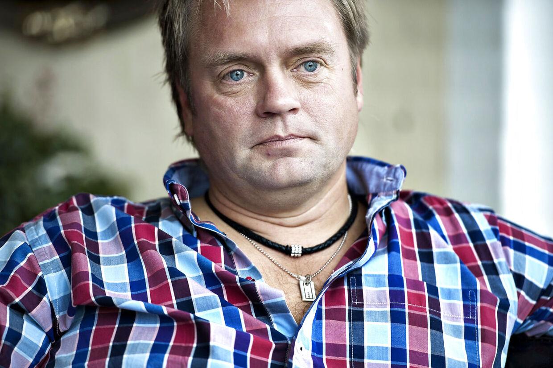 Johnny Hansen, Forsanger i Kandis.