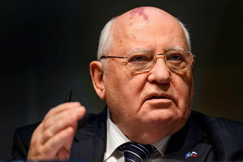Den tidligere sovjetiske leder Mikhail Gorbatjov mener ikke, at Vesten kan sanktionere Rusland for, at Krims borgere gennem en folkeafstemning har besluttet, at de ønsker at blive en del af Rusland.