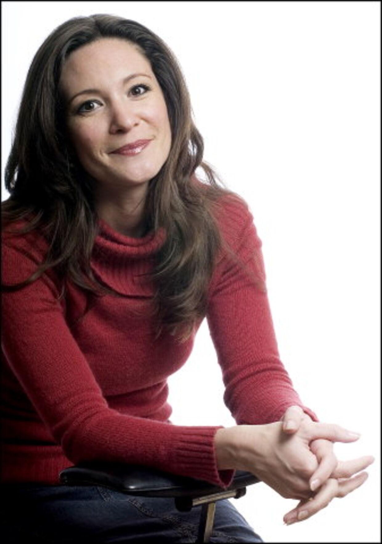 Paula Larrain, tidligere tv-babe, har valgt de mest romantiske rammer for brylluppet med Mads Holger.