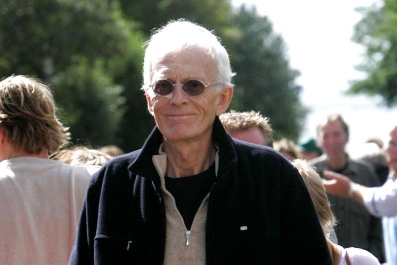 Her ses tidligere forstander for Tvind, Mogens Amdi Petersen efter at Byretten i Ringkøbing torsdag 31. august 2006 havde frikendt ham for anklagerne for bedrageri.