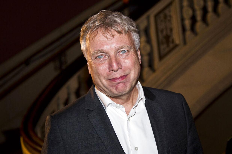 Uffe Elbæk fortlate ónsdag aften på sin Facebook-side, at han ved, hvem Margrethe vestager udpeger som han efterfølger.