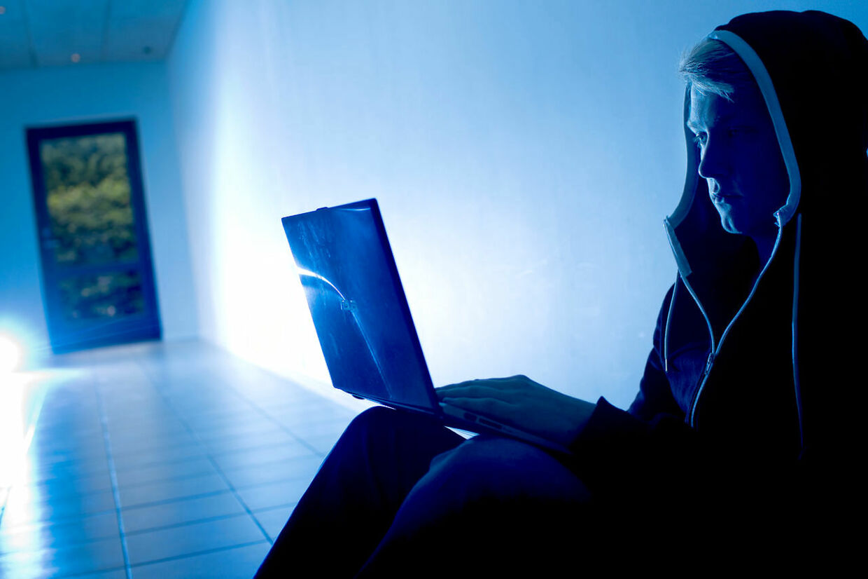 Bag hackernavnet Morph3s (udtales Morpheus, red.) gemmer sig en 19-årig dansk mand.