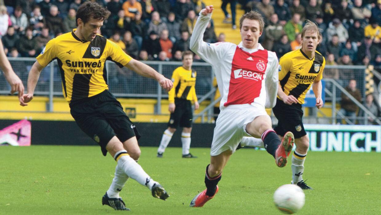 Christian Eriksen (th.) skulle ikke bruge lang tid i Ajax, før han fik debut på førsteholdet.
