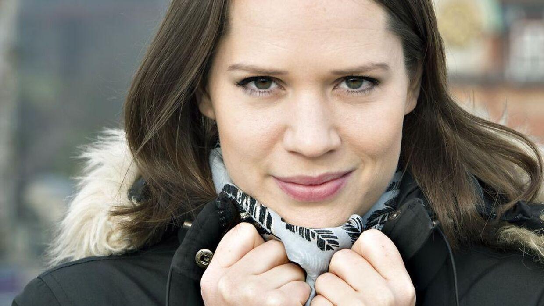 Amalie Dollerup amalie dollerup: badehotellet er min ting   bt nyheder - www