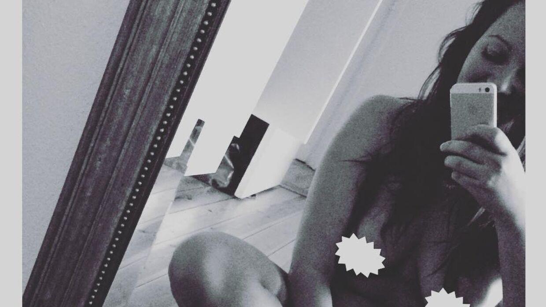 Rikke Højlund Nielsens selfie og digt har på få dage fået over 34.000 likes på Facebook.