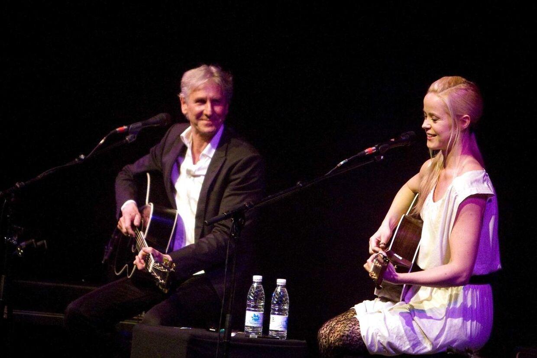 Her optræder Steffen Brandt og Tina Dickow sammen til en koncert Århus Musikhus 2009.