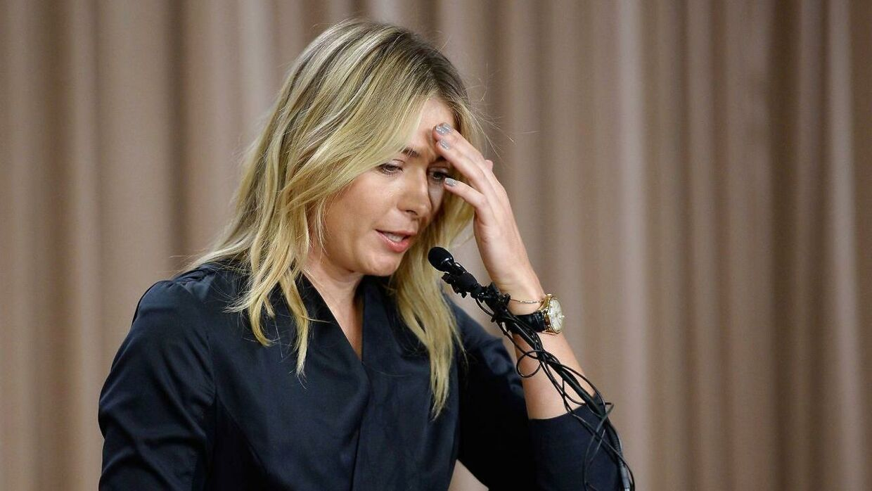 Maria Sharapova har mistet præmiepengene fra Australian Open. Nu afventer hun sponsorernes reaktion.
