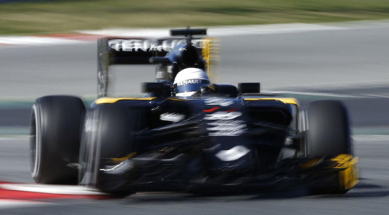 Kevin Magnussen i sin Renault-racer.