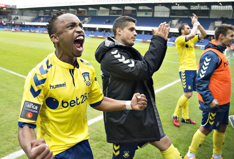 Lebogang Phiri og Riza Durmisi takker Thomas Frank for deres tid under ham som Brøndby-træner.