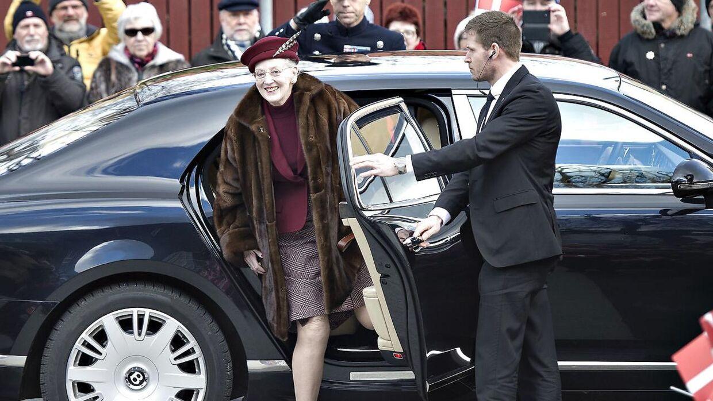 HKH Dronning Margrethe indviede fredag middag det nyrestaurerede Skagen Museum. Her ankommer Dronningen til museet. Fredag d. 12. februar 2016