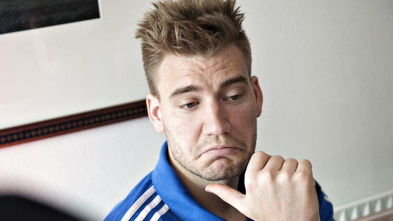 Nicklas Bendtner er ingenting værd, hvis Wolfsburg drømmer om at få en overgangssum for ham.