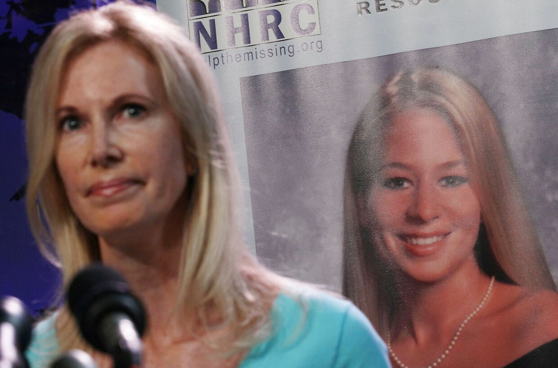 Van der Sloot har tidligere forsøgt at afpresse Beth Holloway, mor til Natalee Holloway.