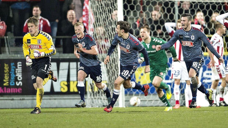 Steffen Rasmussen var med fremme og udlignede til 2-2 langt inde i overtiden ude mod AaB.