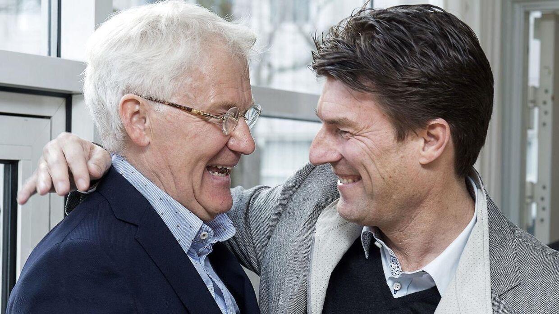 Morten Olsen med sin tidligere holdkammerat Michael Laudrup.