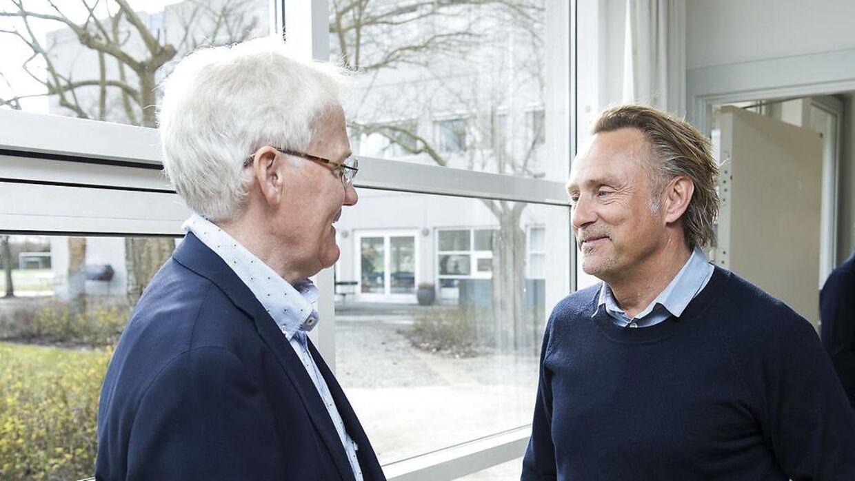 Morten Olsen og tidligere landsholdsmålmand Lars Høgh.