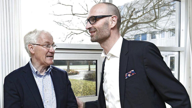 Morten Olsen og direktør i DBU, Claus Bretton-Meyer.
