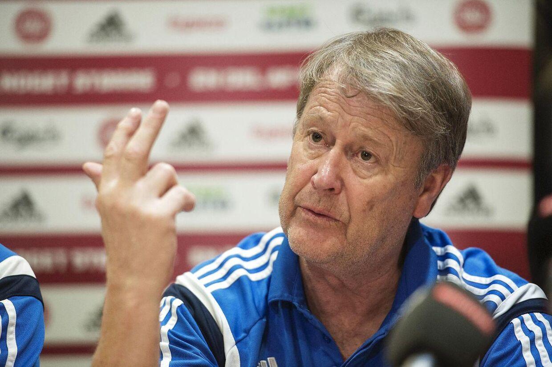 Åge Hareide har valgt at starte med en debutant i torsdagens kamp mod Island.