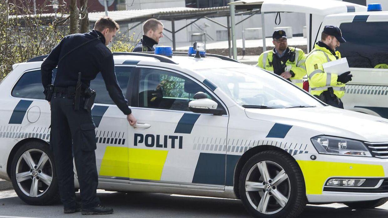 En trussel fremsat på et chatforum lukkede tirsdag formiddag Tietgen Handelsgymnasium i Odense.