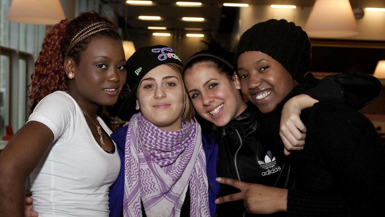 Gruppen 8210 tilbage i 2010, da de var med i X-Factor. Tamam ses til højre.