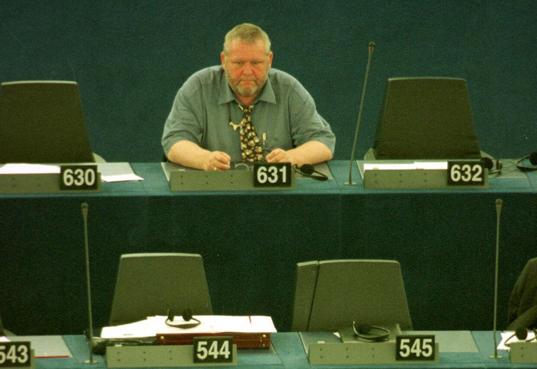 Jens Okking sad i EU Parlamentet for Junibevægelsen og senere Folkebevægelsen mod EU fra 1999, til han blev sygemeldt med stress og depression i 2003. Foto: Erik Luntang/Scanpix