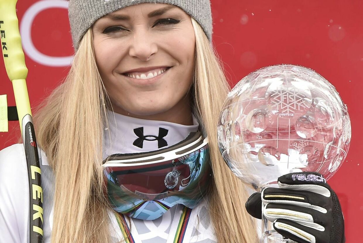 Olympic star lindsey vonn shows off all her curves in revealing white swimsuit
