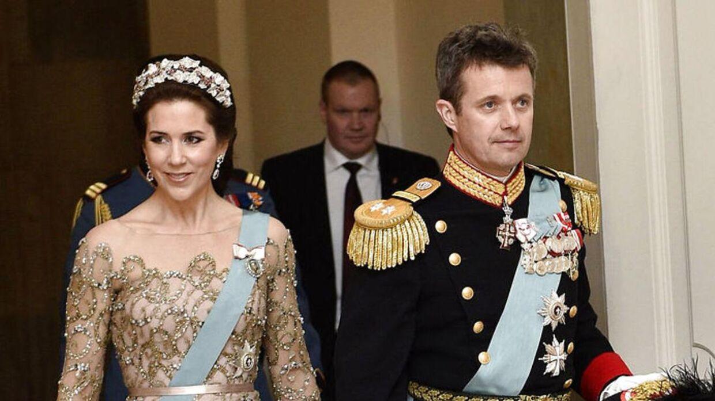 Her ses kronprinsesse Mary og kronprins Frederik i 2015 (Foto: Nils Meilvang/Scanpix 2015)