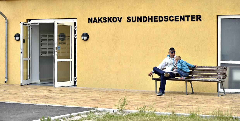 I de tidligere hospitalsbygninger i Nakskov har Region Sjælland indrettet et sundhedscenter, der både rummer privatpraktiserende læger og Nordic Medicares klinik. Det var  blandt andet her, at BT mødte en række patienter, der var utilfredse med Nordic Medicare. Foto: Jens Nørgaard Larsen.
